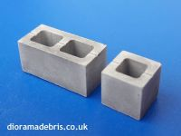 1:35 scale hollow concrete blocks